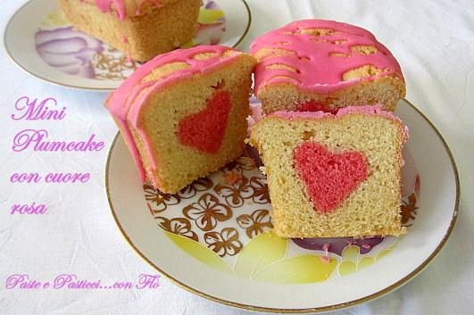 mini plumcake con cuore rosa