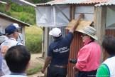 Visite des cases-pièges à Saharevo, district de Moramanga
