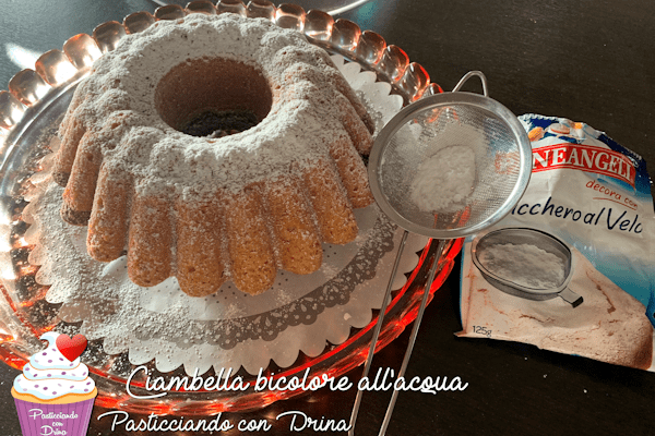 Ciambella bicolore all'acqua
