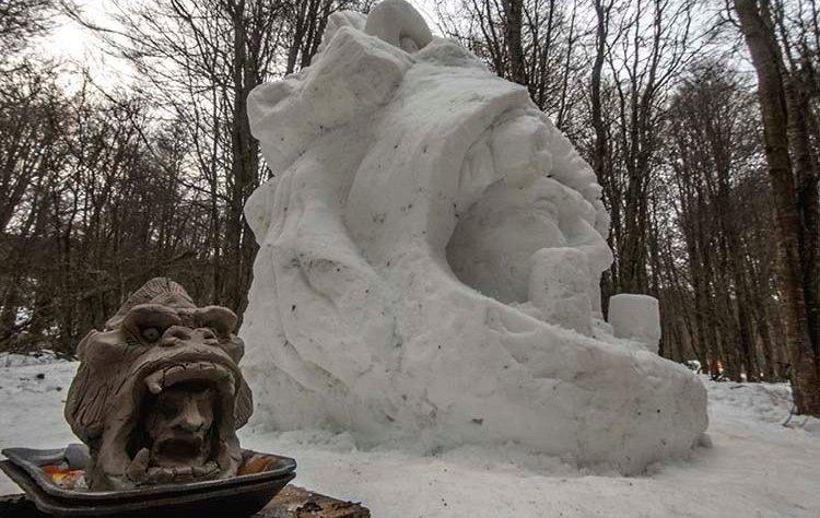 escultura en nieve FENU 2018