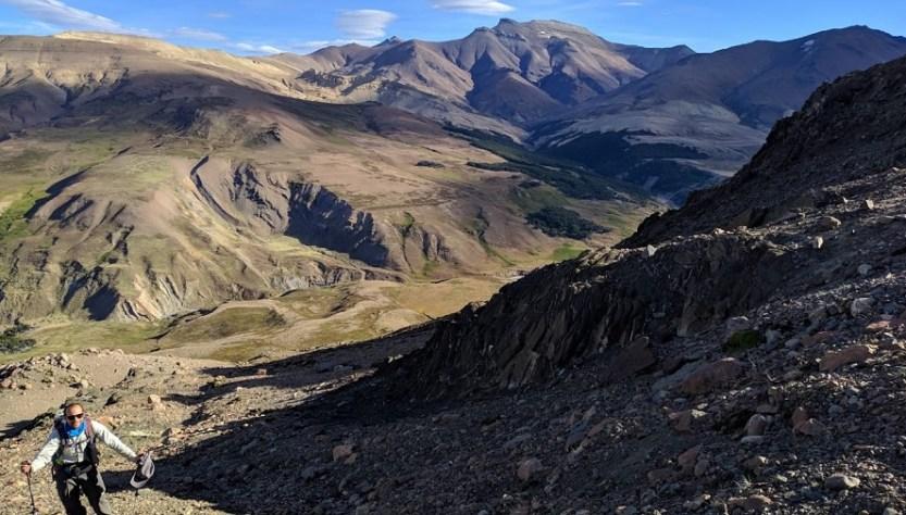 Camino del trekking que une Los Antiguos con El Chalten