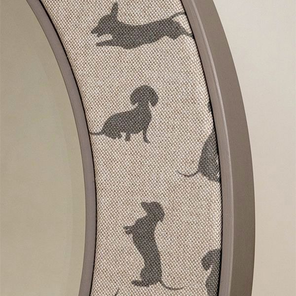 Close up Image of the Dachshunds on the Angus Mirror