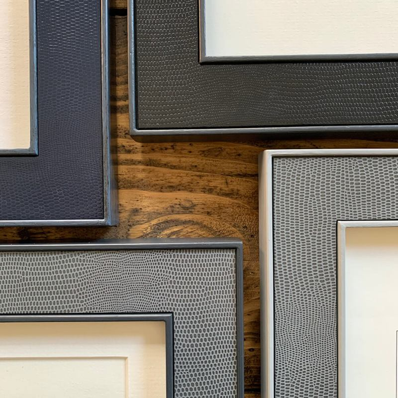 Lamella Photo Frame Corners