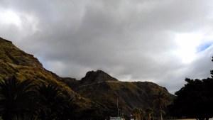 Vistas del Macizo de Anaga desde la playa