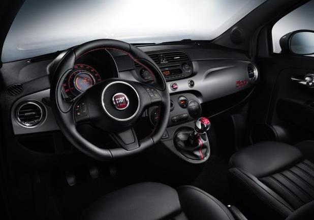 Nuova Fiat 500S interni