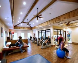 brain injury programs physical therapy gym