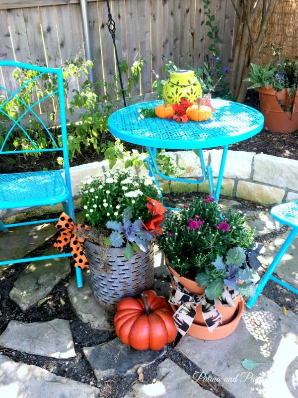 fall-flowers-on-the-patio