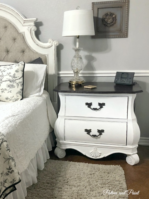 painting the nightstand