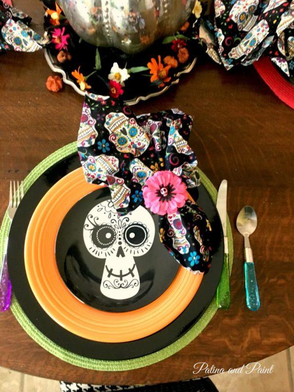 sugar-skull-halloween-table-3