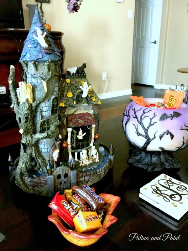 trick-or-treat-at-the-castle-7