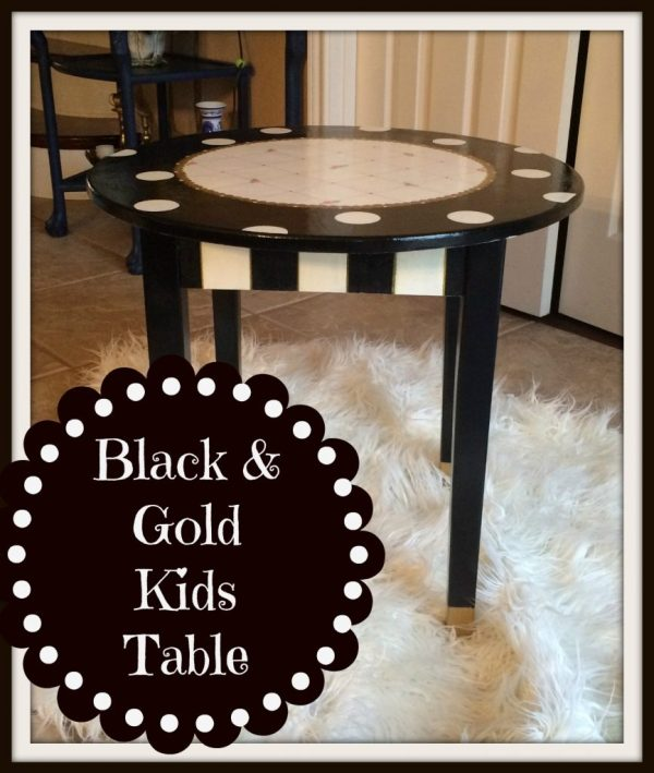 kids Table.
