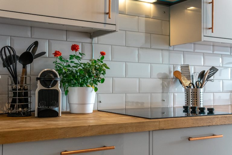 tips to install ceramic tile on wall