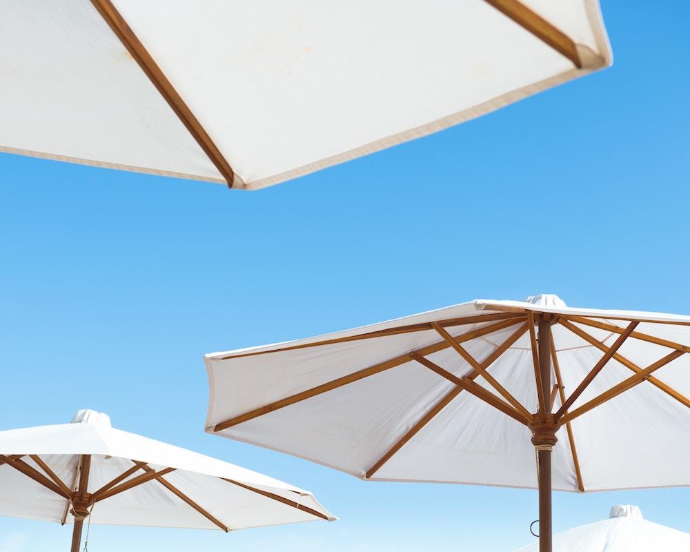 different types of patio umbrellas