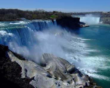 Photos of Niagara Falls By Day