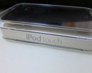 8GB Apple iPod Touch (Latest Generation)