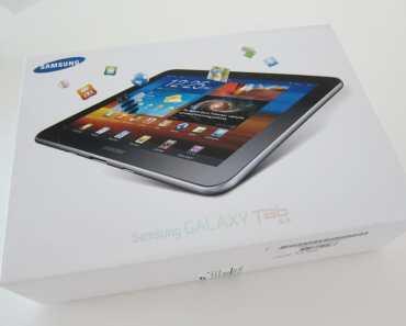 Samsung Galaxy Tab 8.9 inch 16GB GT-P7300 tablet