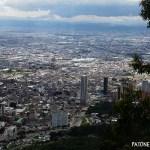 Bogotá a través de un monstruo rojo