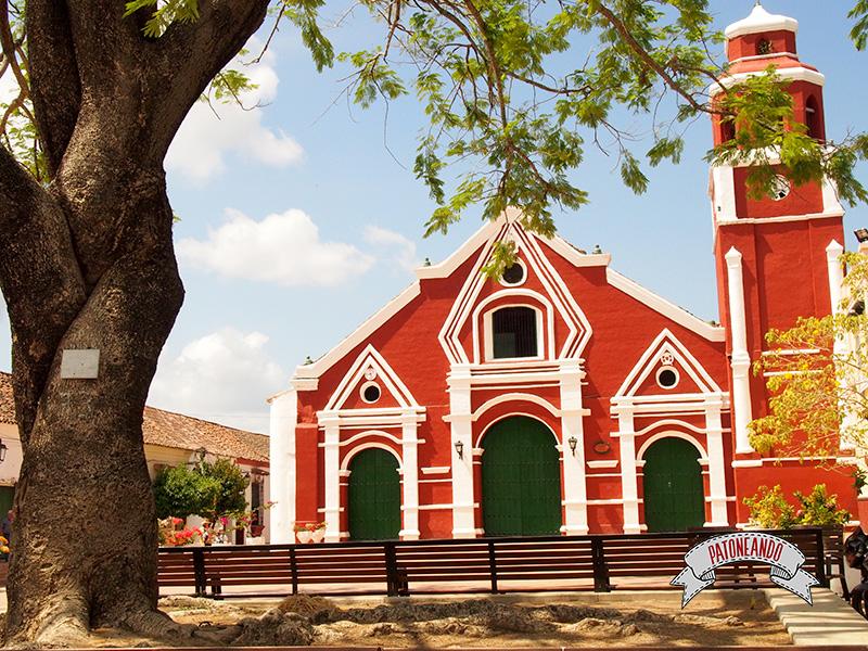 Mompox-Iglesia de San Francisco -Colombia-Patoneando-blog-de-viajes-5.jpg