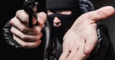 No Sertão: Empresário é assaltado, agredido e tem 3 mil reais tomados
