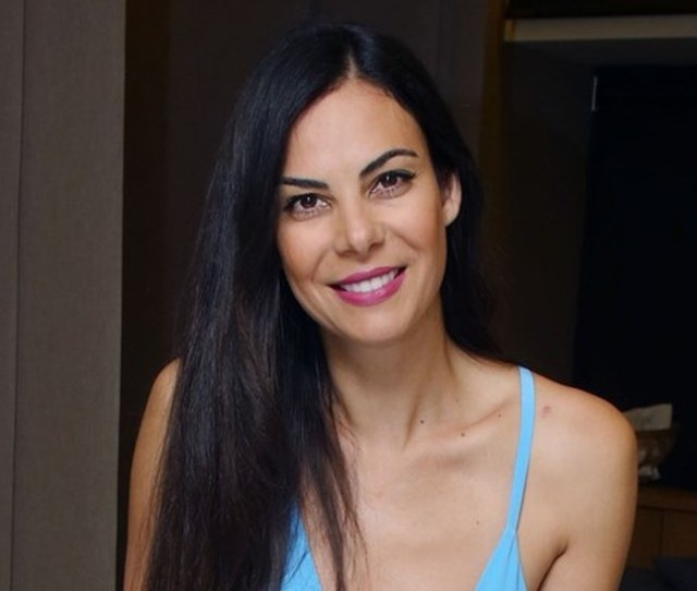 Evi Vatidou Is Ready To Go Up The Steps Of The Church For The Second Time Her Partner Yiannis Fox Will Formalize His Relationship With Eve And The