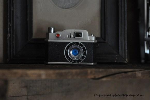 vintage camera lighter