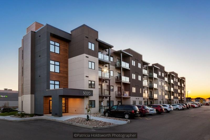 Deveraux Apartments_6538