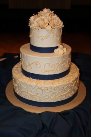 cake-from-mock-wedding