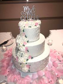 Gohar wedding cake