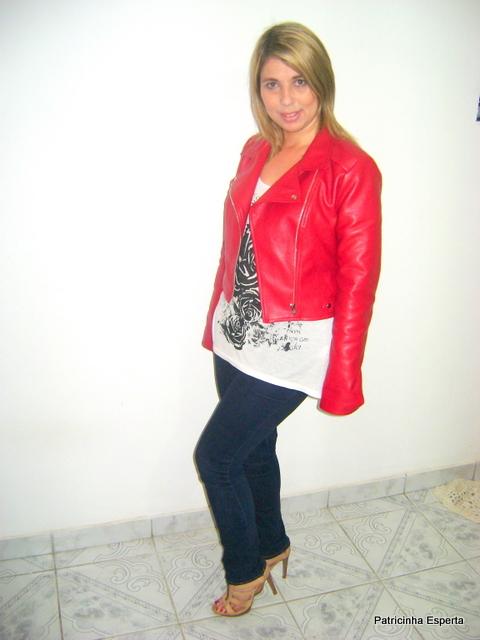 """DSC01491 - Look do Dia - Jaqueta de """"Couro"""" Vermelha"""