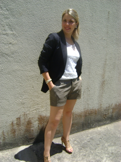 DSC01922 - LOOK DO DIA - Short de Couro e Blazer