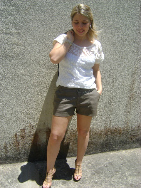 DSC01927 - LOOK DO DIA - Short de Couro e Blazer