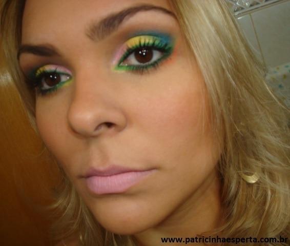 049post1 - Tutorial - Maquiagem de Carnaval para o dia