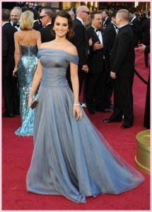 Penelope Cruz 215x300 - Oscar 2012 - Look das celebrities