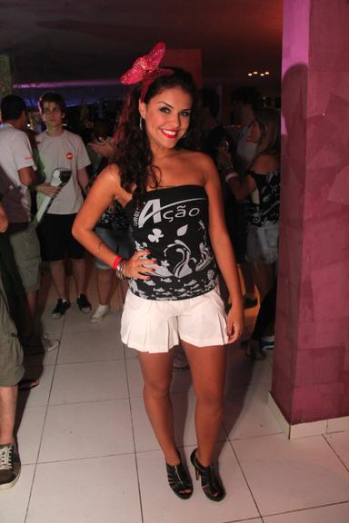 img 368338 paloma bernardi - Look das famosas no carnaval 2012 (parte 2)