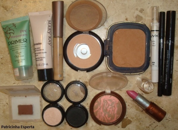 082 - Maquiagem Fácil e Rápida para a Noite - Preta