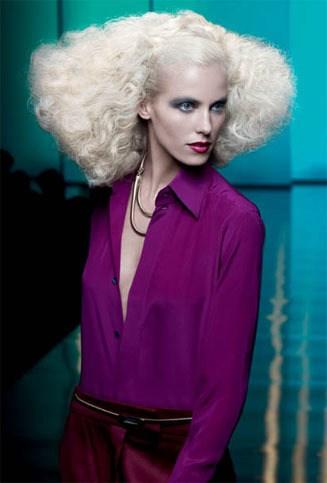 blonde ambition - Como Fazer Penteados de Passarela com Redken Styling Parte 2 – Passo a Passo.