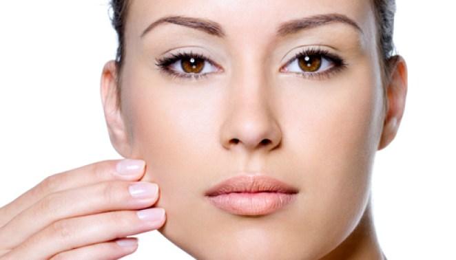 alimentos contra pele oleosa - A Pele Fica Mais Oleosa no Verão?