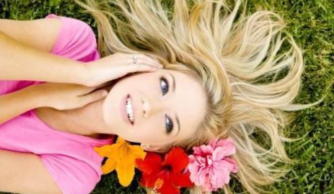 ajude a salvar seu cabelo neste verao11 - Filtro Solar Capilar: Tem Que Usar!