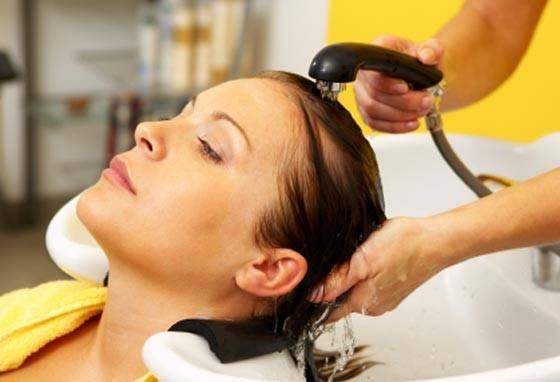 lavando seu cabelo - Dossiê da Lavagem Capilar!