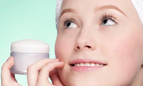 usar creme anti idade - Quando Começar a Usar Antirrugas?