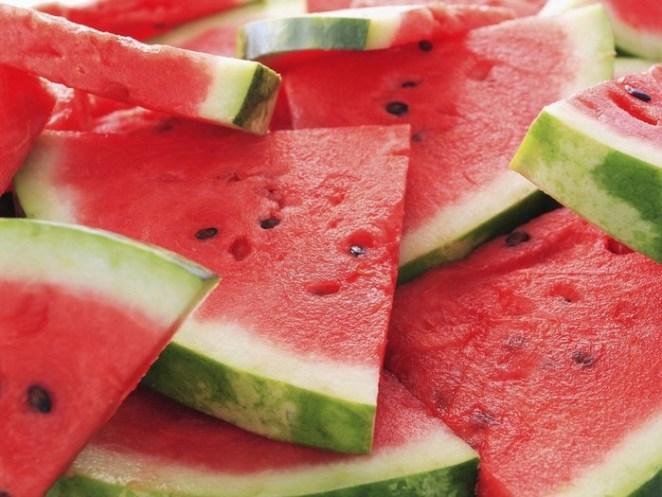 melancia - Abacaxi, melancia, mamão ou abacate. Qual a melhor fruta para você?