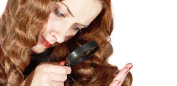 mulher analisando os cabelos com uma lupa 1340824093242 615x300 - Cabelos: qual mulher não gosta de tê-los belos?