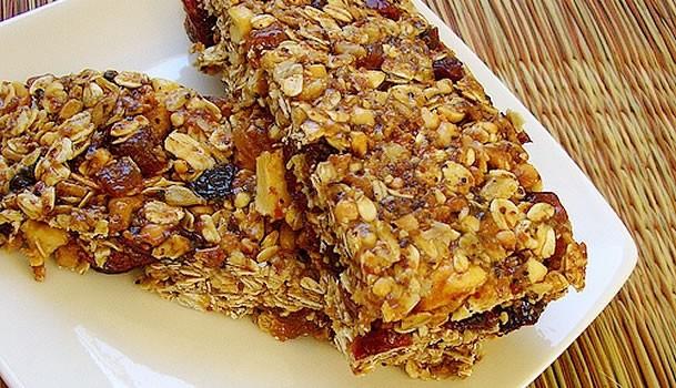 barra cereal - Conheça alimentos ideais para a pós-malhação