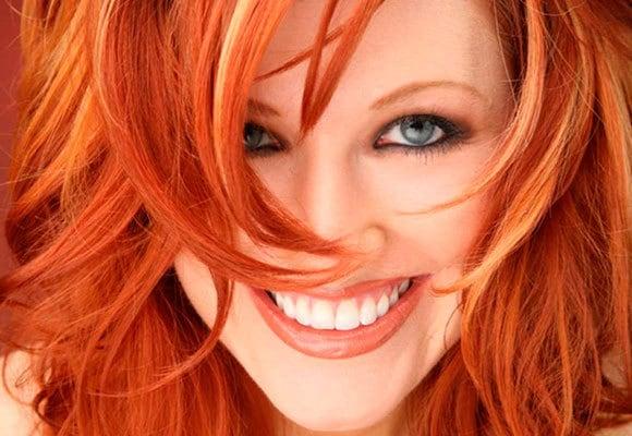 cabelos tingidos e bem cuidados1 - Cor do cabelo x saúde: o que seus fios podem dizer sobre você?