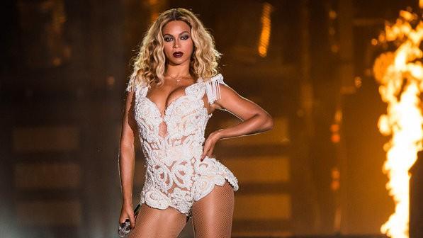 beyonce eduardo biermann 1 size 598 - Especial Rock in Rio: Beyoncé diva nos inspirando