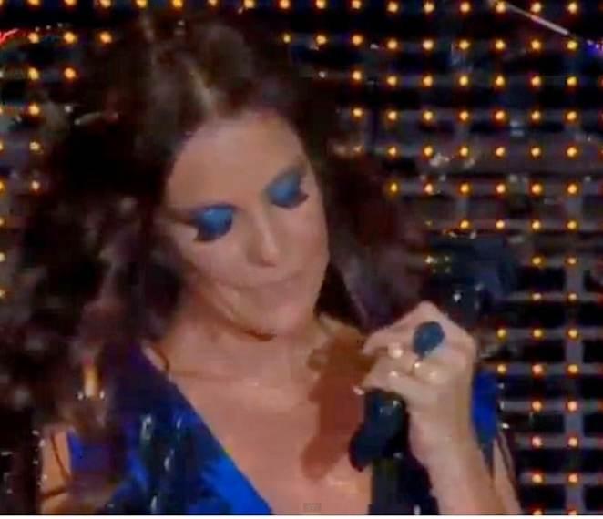ivete 001 680x585 - Tudo azul: maquiagem da Ivete Sangalo no Rock in Rio