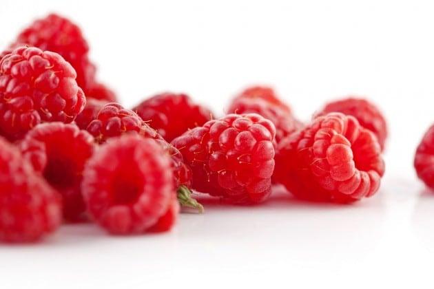 Propriedades medicinais da framboesa 1 - Quais alimentos ajudam a hidratar no verão?