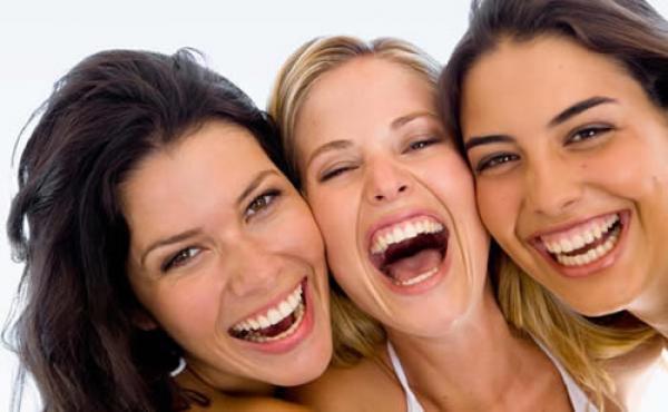 gargalhar com os amigos tem mesmo beneficio quimico dos exercicios1353092185 - Afaste a Ansiedade de Forma Simples e Fácil!