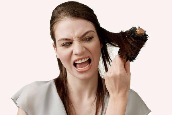 cabelos ressecados1 - 7 Máscaras Para Cabelos Quimicamente Tratados