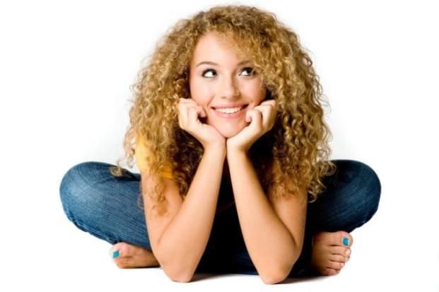 iStock 000005349148 Small 680x452 - Cabelos Cacheados Curtos: Como Tratar e Pentear
